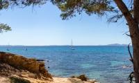 Panoramique par assemblage depuis la côte - Canon EOS 5D Mark III - EF 50 mm f/1,4 USM - ISO 100 - f/11 - 1/320 s