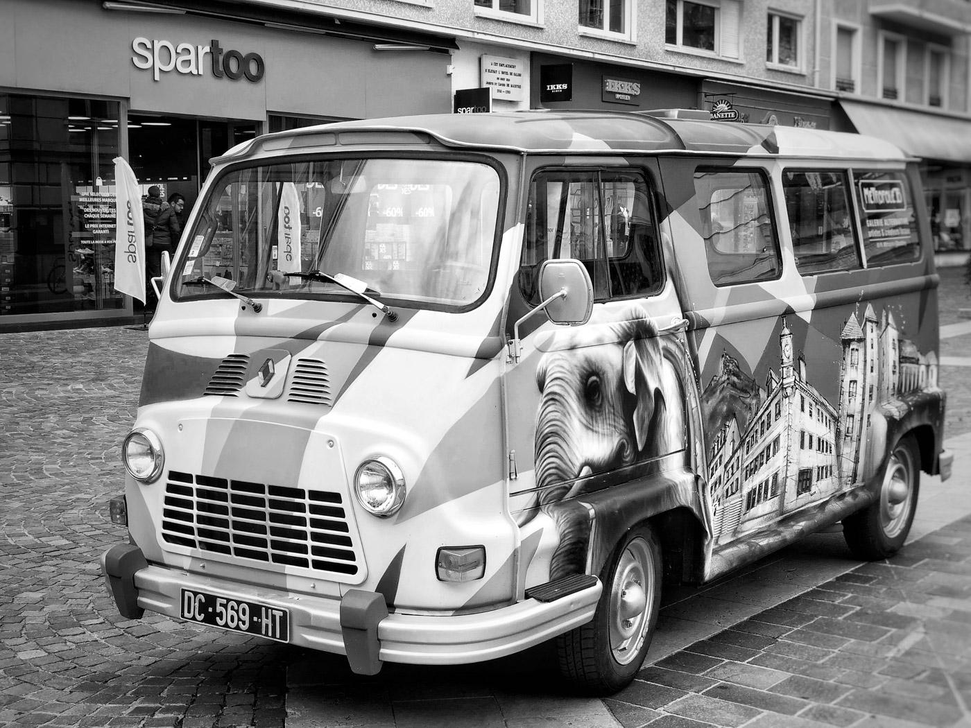 Projet 365 - Combi Renault à Chambéry