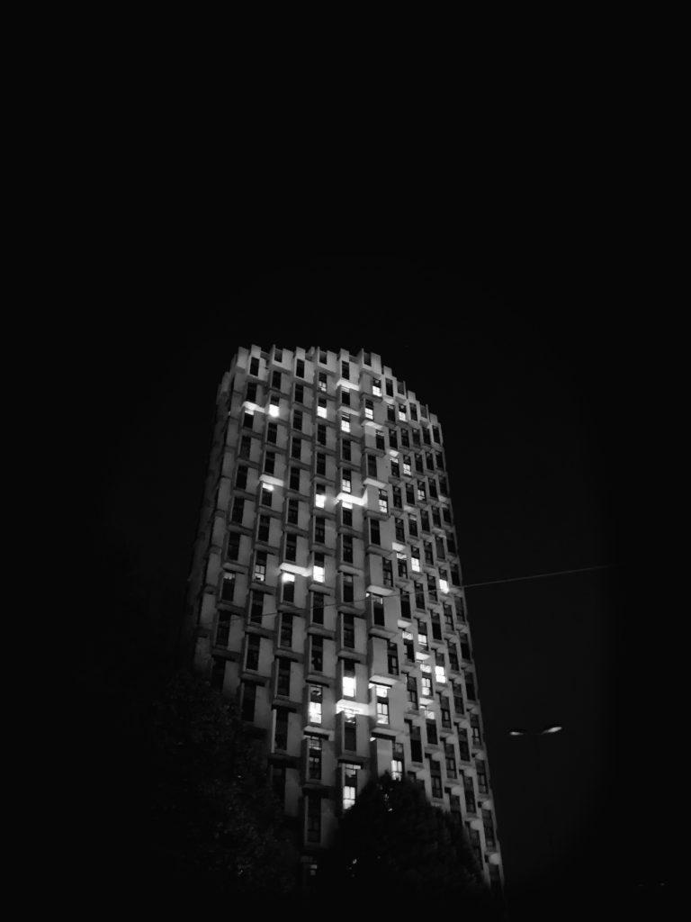 Projet photo 365 - Une tour dans la nuit