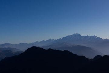 La chaine du Mont-Blanc depuis la pointe de la Sambuy