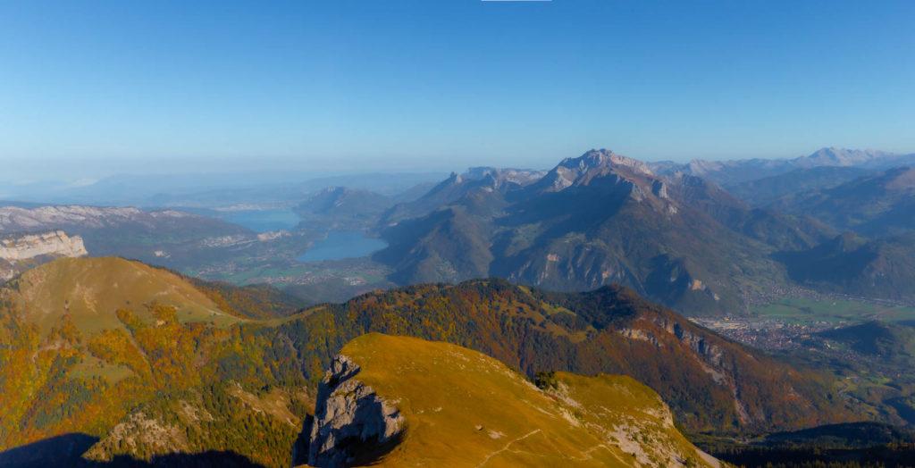 Panoramique du lac d'Annecy depuis la Sambuy